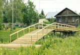 В Череповецком районе жители самостоятельно построили мост