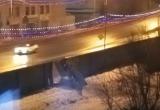 Водитель в Череповце проломил шумозащитный забор