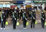 «Увозят в специальных боксах»: очевидец о заболевших в Китае