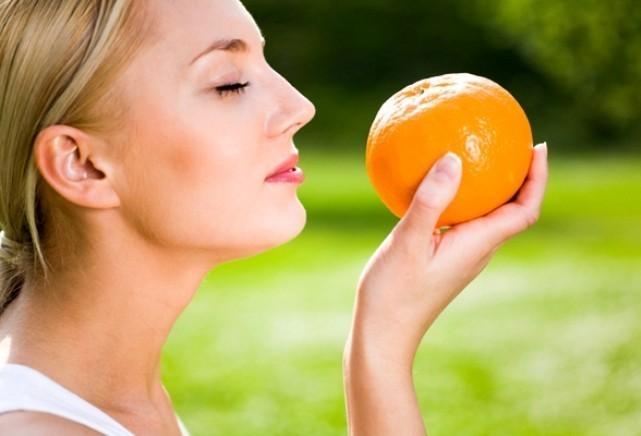 Кожа, лимон или ваниль? Как улучшить имидж с помощью запахов