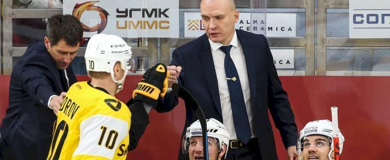 Андрей Разин продлил контракт с «Северсталью»